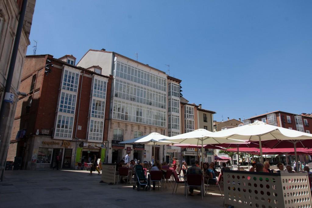 Plaza del Rey San Fernando