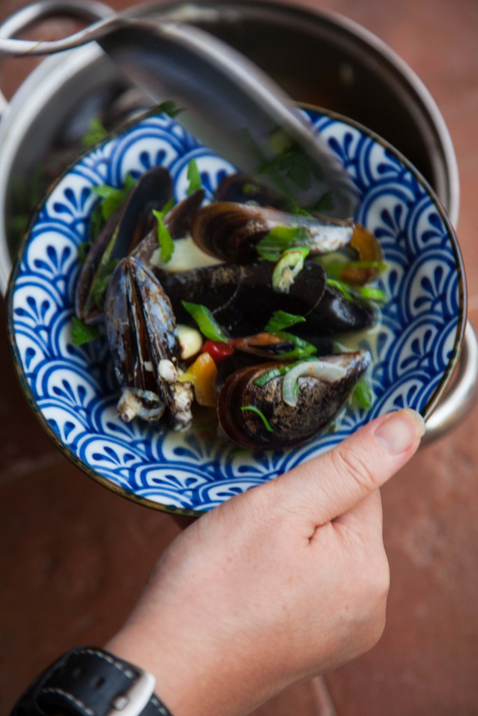 Spanish style mussels