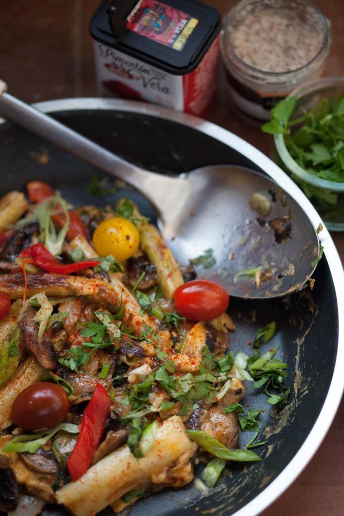 Spanish Asparagus Revuelto