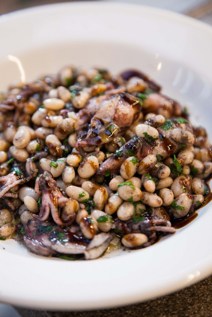 Squid with haricot beans