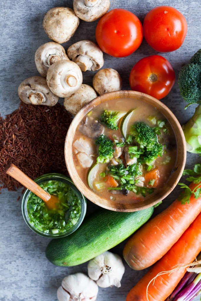 Ingredients used for chicken broccoli red rice stew