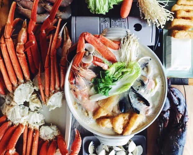 A reunion feast at home with our very own collagen stock and premium seafood.