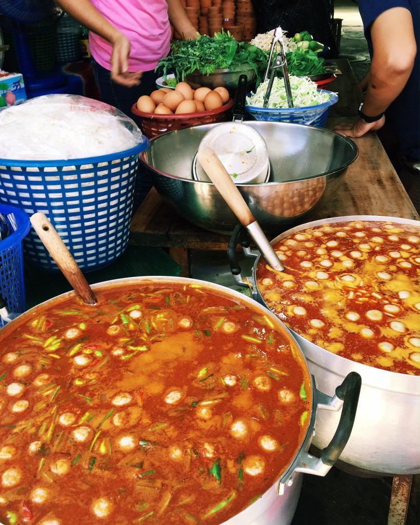 Street foods, hot and spicy with vivid colours at the Chatuchak Markets