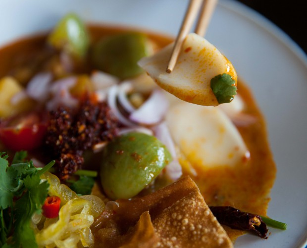 Khao soi chicken curry