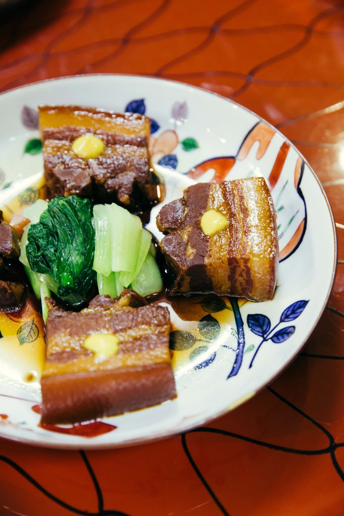 Shippoku cuisine is the first Japanese fusion cuisine, a mixture of traditional Japanese, Chinese and Western dishes from Nagasaki. As can see here, this is dongpo pork, traditionally from China.